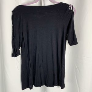 Maurices Tops - maurices black 3/4 sleeve open weave blouse M